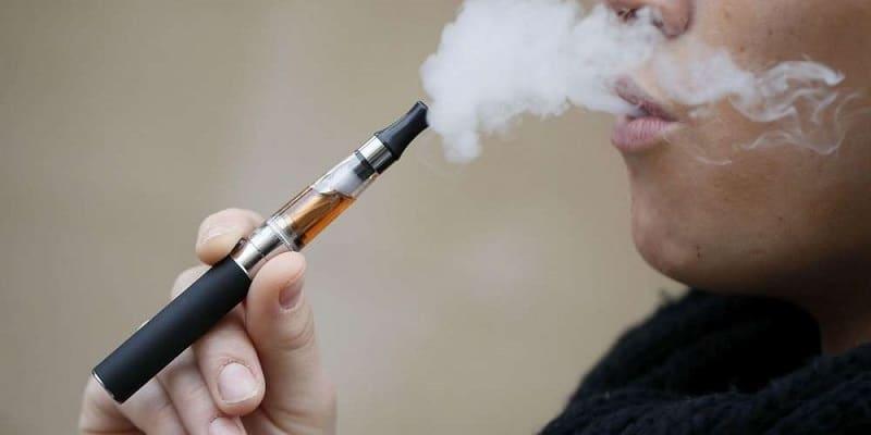 Est-ce mieux de Vapoter ou fumer