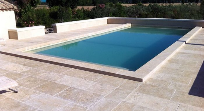 3 choses savoir sur les margelles de piscine black - Margelle piscine waterair ...